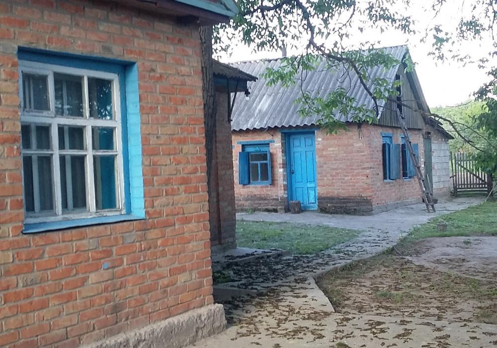 картинка кобеляки деревня